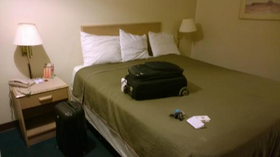 Knights Inn & Suites Yuma : Bed was comfortable