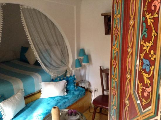 Dar Meziana: Fairy tale bed