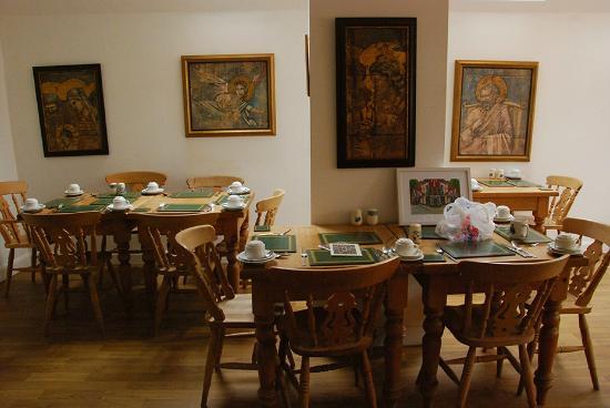 Newport Guest House: Breakfast Room