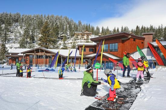 ‪Diamond Peak Ski & Snowboard School‬
