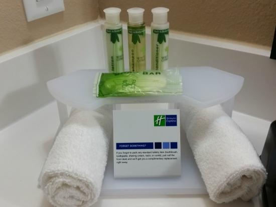 Holiday Inn Express & Suites Atascocita : We feature Bath & Body Works toiletries in our guest rooms
