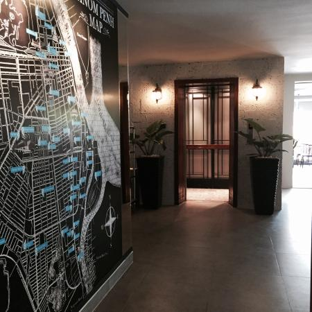 Mito Hotel : Phnom Penh Map and Elevator Area