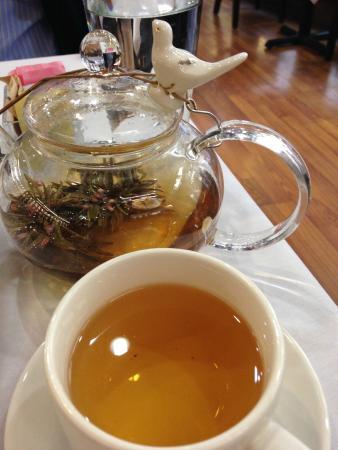 Chado Tea Room : Blooming white tea