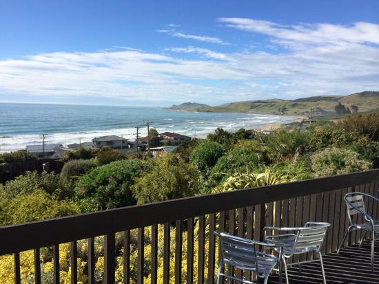 Nugget View & Kaka Point Motels : Our view from unit 8
