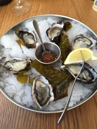 The Engine Room : Oysters