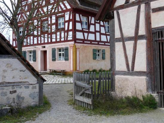 Fränkisches Freilandmuseum: nahe Dorfweiher (2)