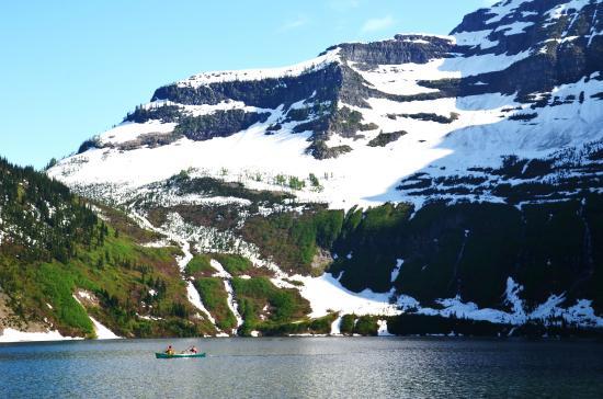 AdventureHikes-Plus!: Canoeing on Cameron Lake