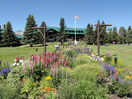 AdventureHikes-Plus!: East Glacier Park Lodge, Montana