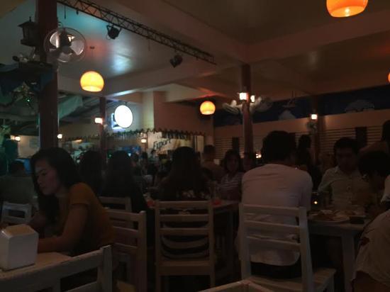 Ozone: Restaurant Scene