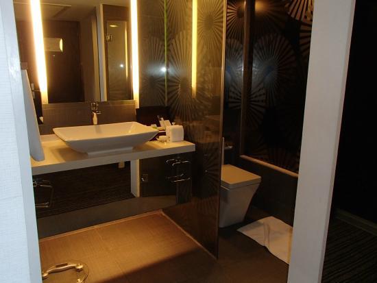 Midas Hotel and Casino: バスルーム