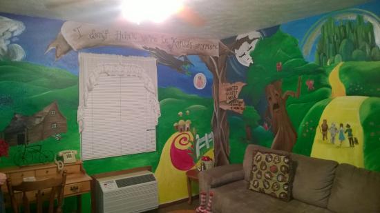 Simmer Motel: more walls