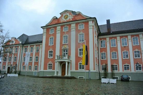 Neues Schloss Meersburg : Vista frontal