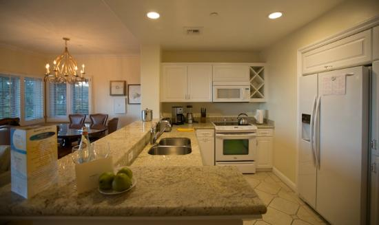 Four Seasons Residence Club Aviara, Carlsbad Ca.: Full Kitchen