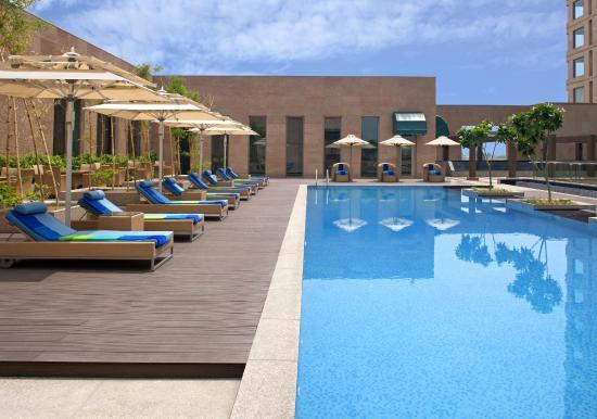 Radisson Blu Hotel Amritsar: Swimming Pool