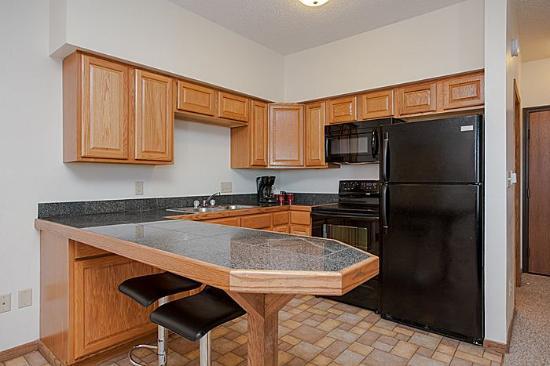 Alexis Park Inn & Suites: kitchen