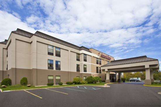 AmericInn Hotel & Suites Kalamazoo