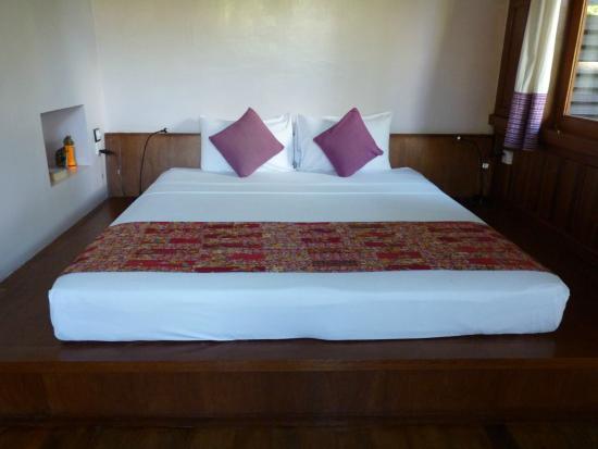 La Maison Birmane: cama
