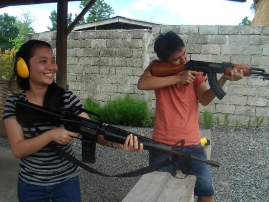 M16 and AK47 - Picture of ShootOut! Cdo!, Cagayan de Oro