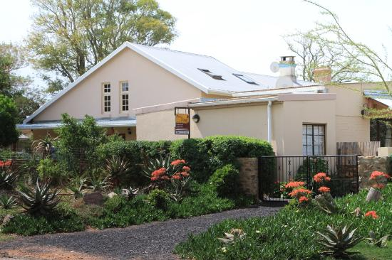 Addo Reach and Hein's Cottage: Warmest of welcomes guaranteed!!