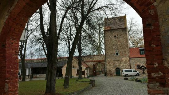 Wasserburg Zu Gommern Hotel Und Restaurant