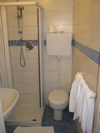 Hotel Messner: Bathroom