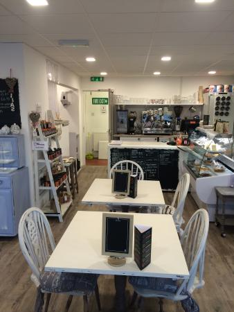 Debut Kitchen & Deli