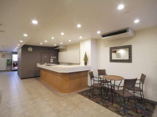 Kochi Green Hotel Harimayabashi: 【館内】フロント、ロビー