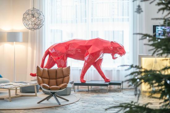 la panthere richard orlinski hotel aigle des neiges photo de h tel l 39 aigle des neiges val. Black Bedroom Furniture Sets. Home Design Ideas