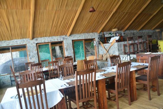 Lukuba Island Lodge: Comedor