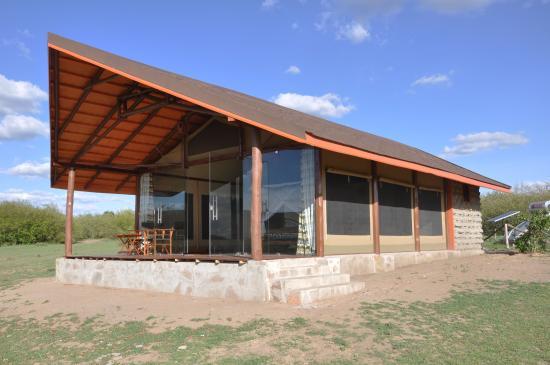 Simba + Oryx Nature Camp
