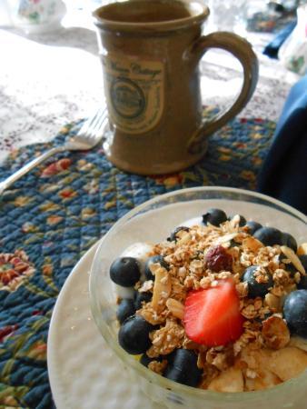 The Mason Cottage Bed & Breakfast Inn: Breakfast