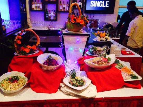 Serendib Restaurant & Bar : Beautiful arrangement