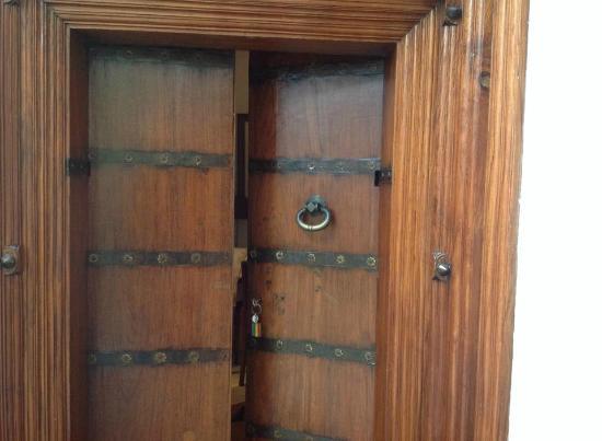 La Closerie: antique door - Antique Door - Picture Of La Closerie, Pondicherry - TripAdvisor