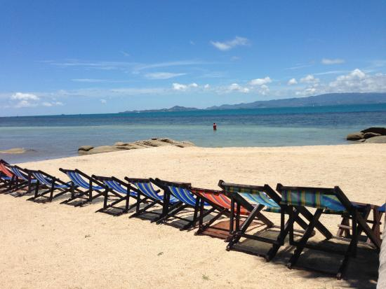 Thaniza Beachfront Resort: Beach/reception area.