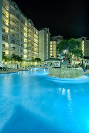 Resort on Cocoa Beach: Enjoy a relaxing evening swim