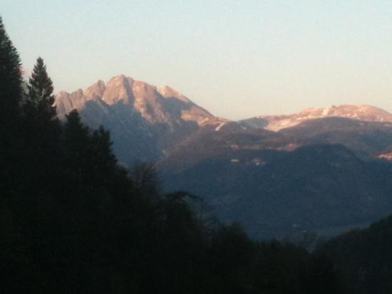 Hotel St. Pankraz - Ultental - Sudtirol: Blick aus dem Restaurant