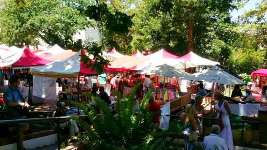 Slow Market Stellenbosch: Festive atmosphere - Outside stalls (There is an indoors food hall as well)
