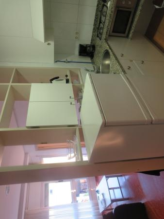 Apartamentos Astoria: Kitchen