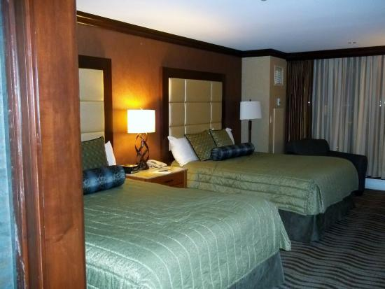 Seneca casino hotel niagara hotel casino lake tahoe nv