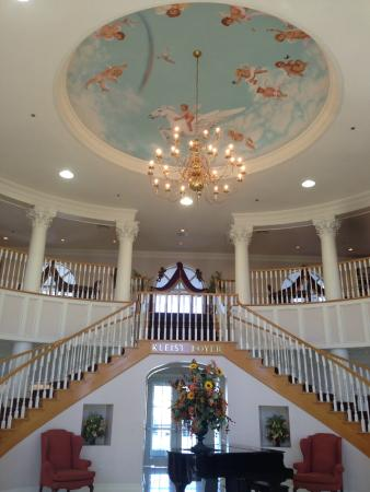 Cumberland Inn and Museum: Entryway