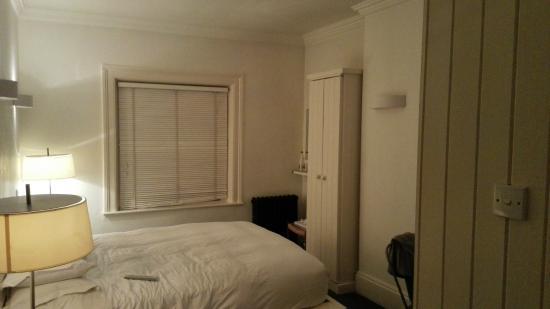 Kelly's Hotel Dublin: Room 12