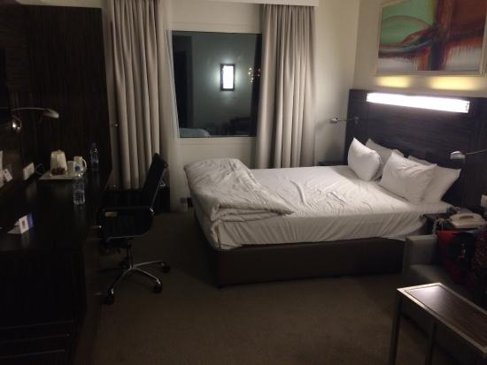 Holiday Inn Express Dubai-Internet City: Good size room