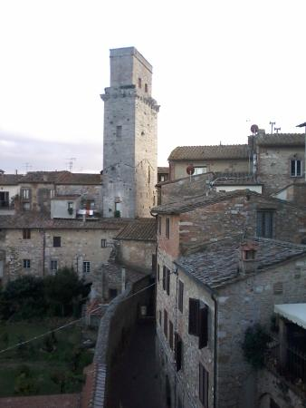 Fabio Apartments San Gimignano: Window view doesnt capture the beauty