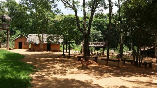 Museu Memorial do Cerrado : Aldeia