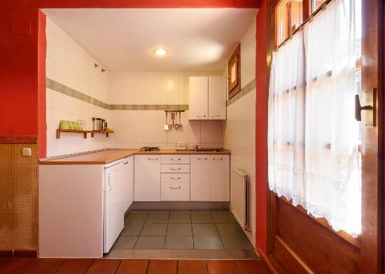Hotel-Apartamentos de Montana Uson: cocina - apartamento
