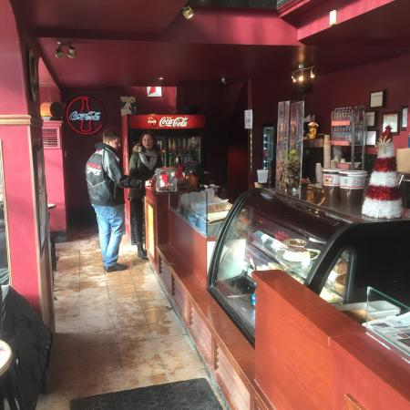 Paris Crepes : Shot of the first floor