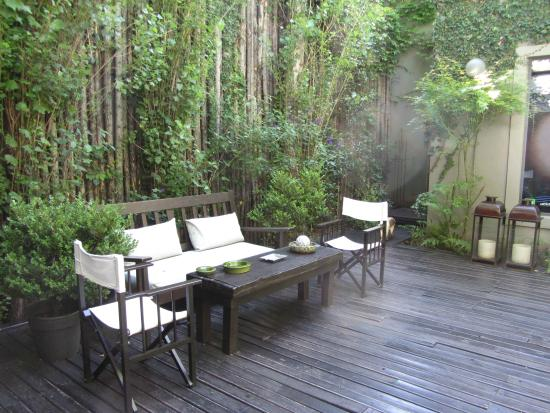 Legado Mitico: The little garden - lovely place to sit