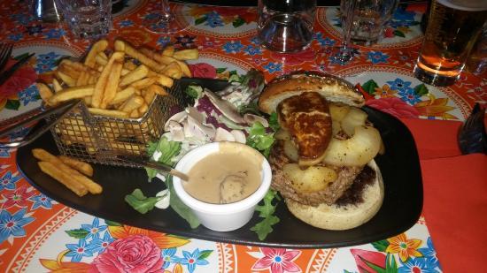 Le Chaudron: best burger ever!!!
