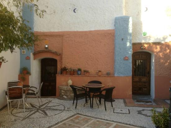 Apartamentos Montesclaros : Entrance to cave