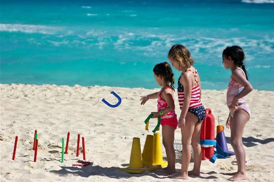 Gr Solaris Cancun Kids Activities On The Beach